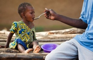 First global estimates of food insecurity among households with children