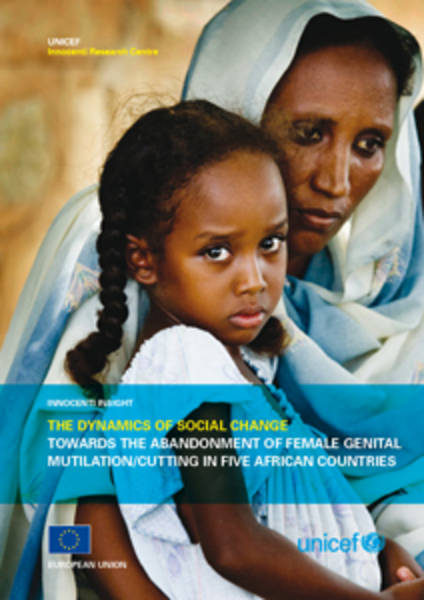©UNICEF IRC / 2010 - The dynamics of social change cover page