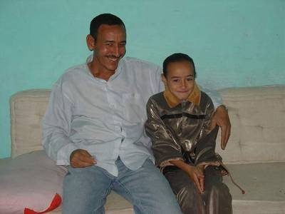 - Egypt: Mohamed Taha Naguib with his daughter Basma, UNICEF/Egypt